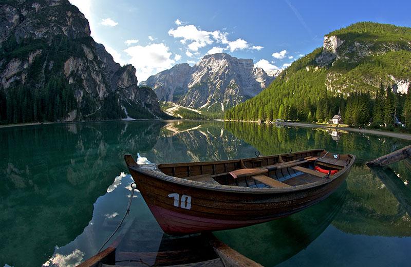 Lago Di Braies Quot Perla Dei Laghi Alpini Quot Vivoaltapusteria